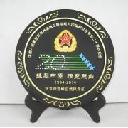 供应毕业十周年同学聚会纪念活性炭雕礼品摆件定制