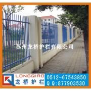 武汉州工厂厂区锌钢护栏 武汉公园锌钢护栏 龙桥护栏厂家直销