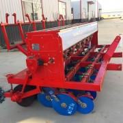 南阳12多行小麦玉米精播种机供应商