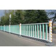 来宾市公路护栏道路隔离栏优惠价