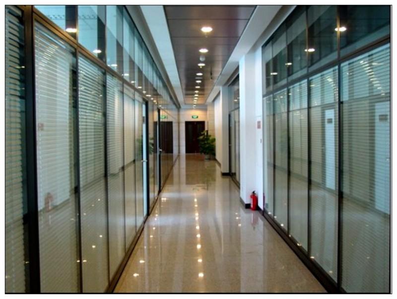 天津玻璃隔断墙制作