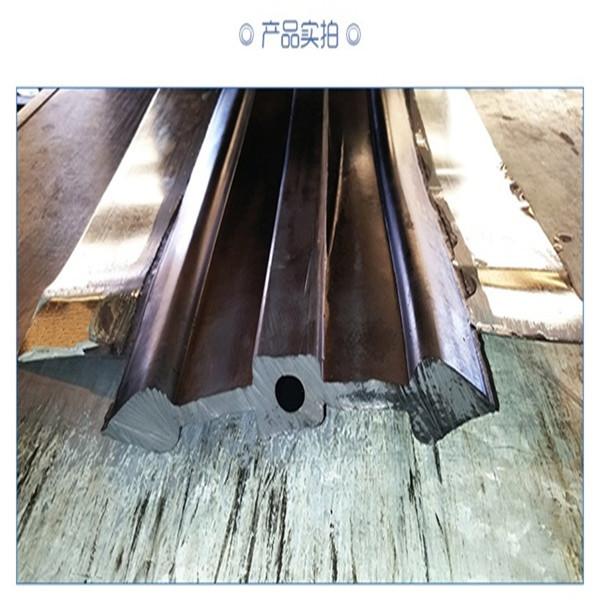 关于钢边橡胶止水带水平施工缝的防水结构