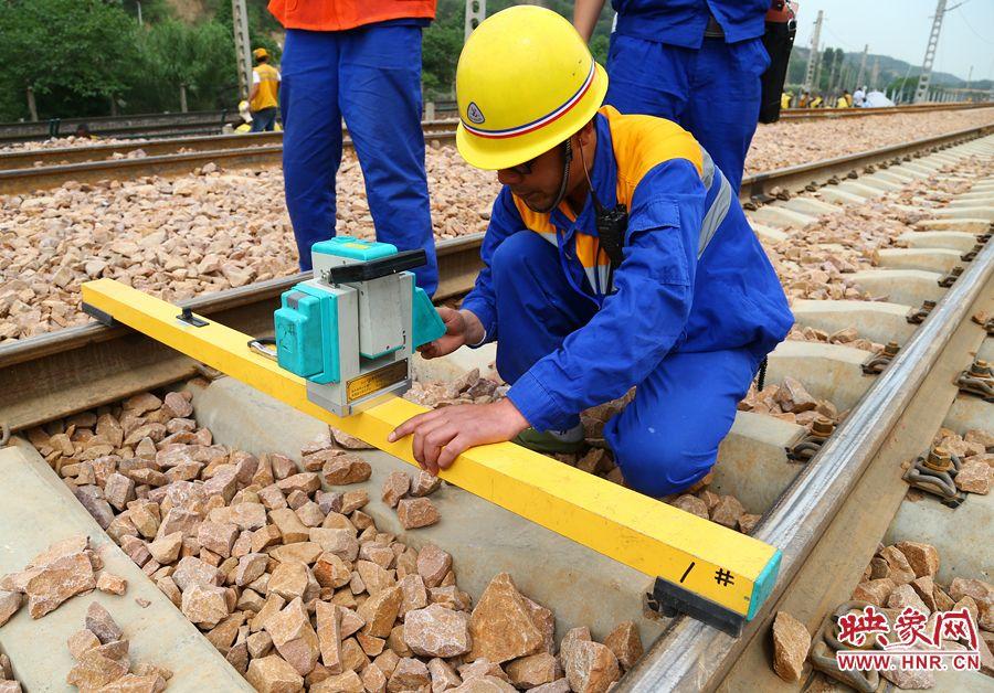 中铁电气化铁路北京段TYJJ-2接触网几何参数测量仪生产厂家