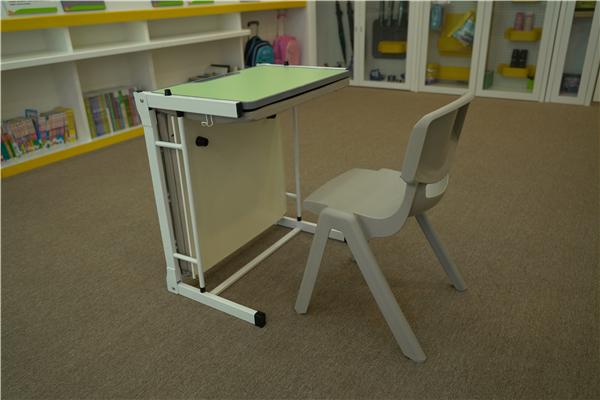 西安生产辅导班专用课桌椅厂家_课桌批发价格