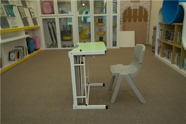 商洛批发用的校用课桌椅合适校外培训机构使用吗