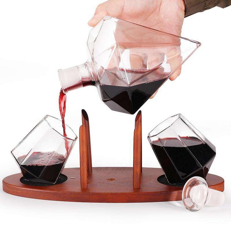 钻石造型玻璃酒瓶创意玻璃钻石醒酒器高档玻璃钻石白酒瓶威士忌酒