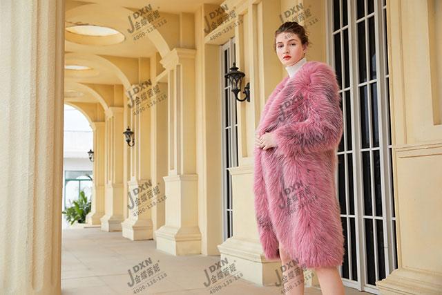 欧韩女装加盟开店 下一个财富之选