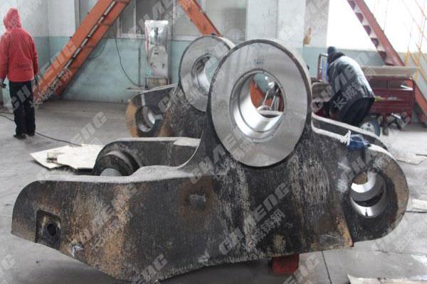 锻造机夹臂铸造厂可根据图纸制定铸钢材质